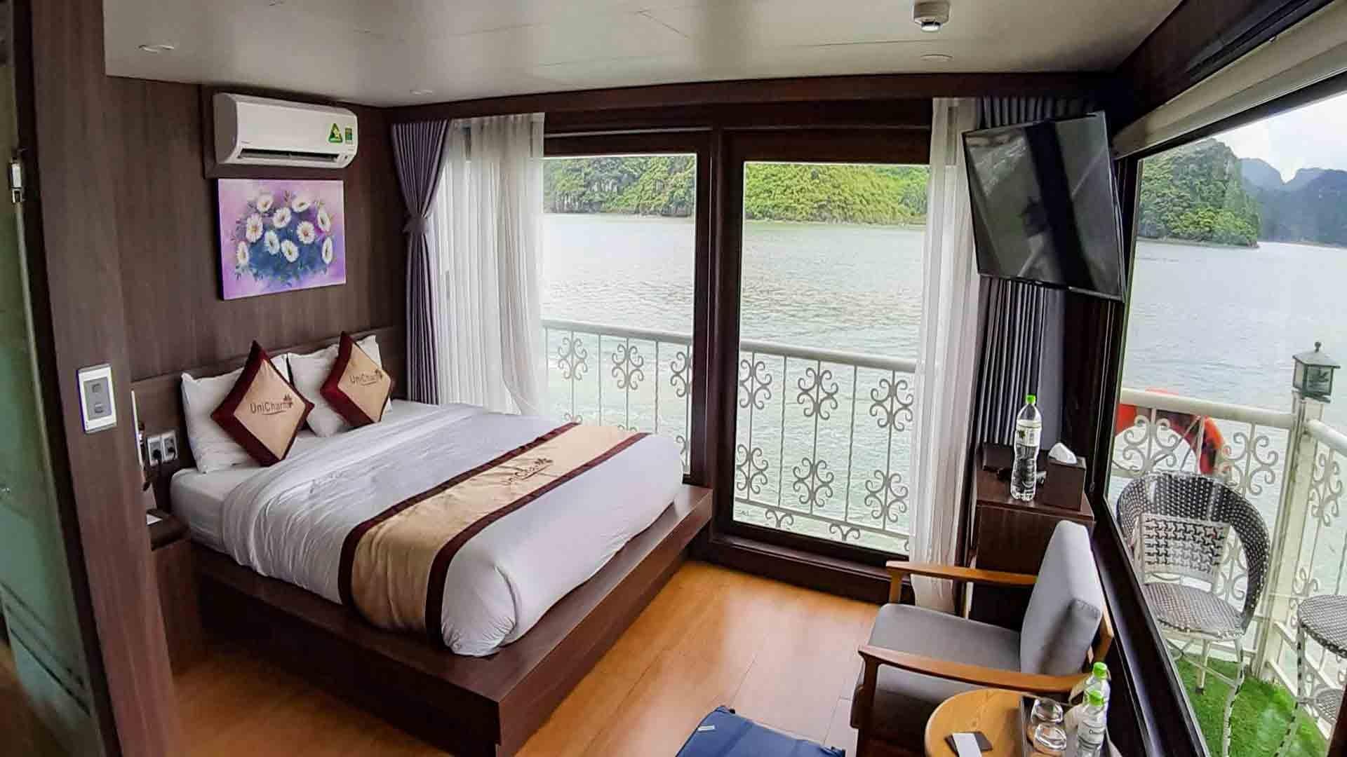Unicharm Cabin